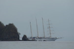 starflyer_anchored_off_curu-preserve